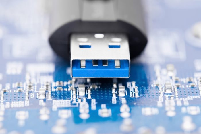 need to repair the usb drive in reading pa